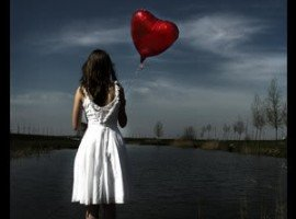 girl_heart_balloon